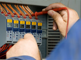 Distribution System Training 8001 AC Voltage Generation
